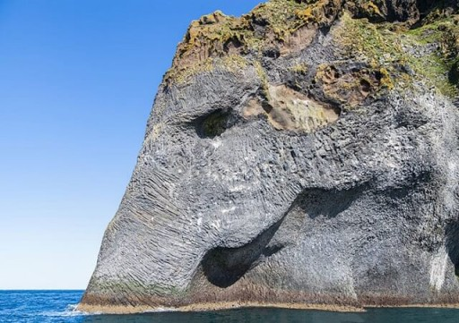 elephant-rock-heimaey-islande-2